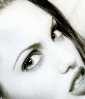 angelina-jolie-023-01
