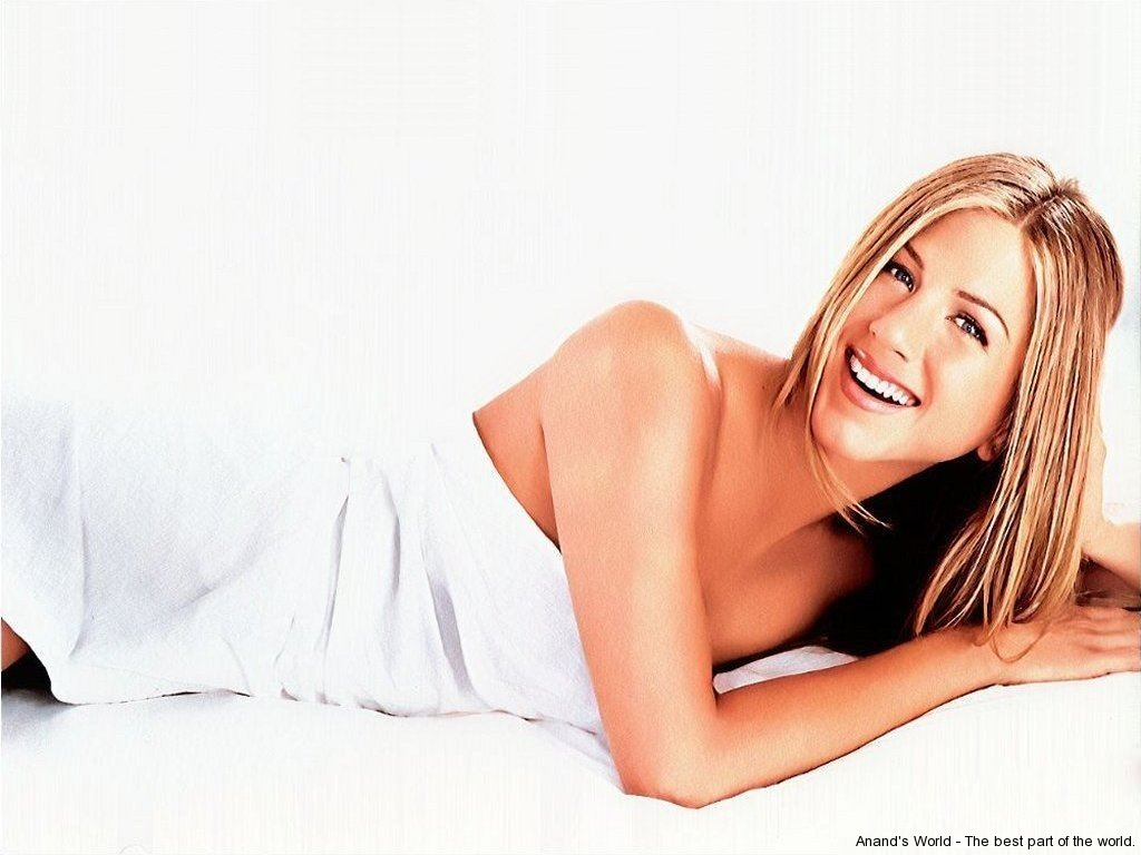 jennifer-aniston-010-01