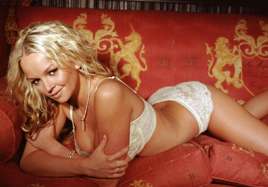 jennifer-ellison-024-01