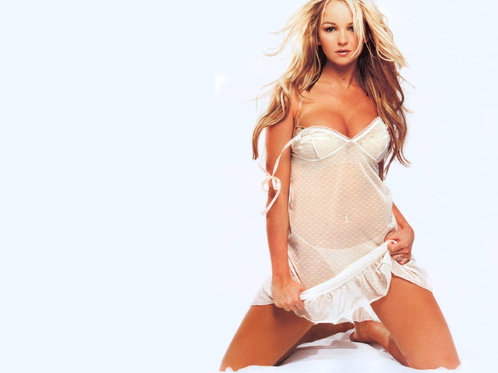 jennifer-ellison-047-01