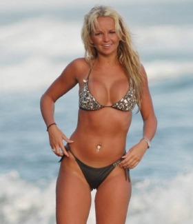 jennifer-ellison-224-01