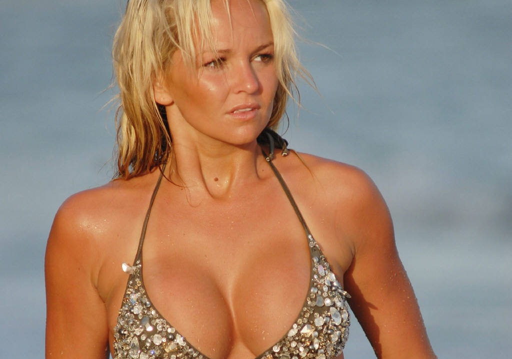 jennifer-ellison-225-01