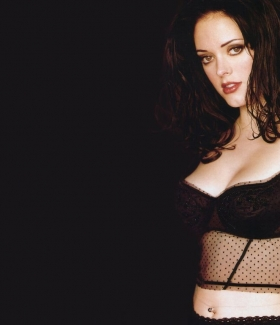 rose-mcgowan-25