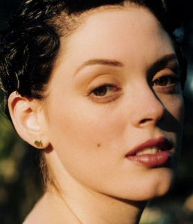 rose-mcgowan-29