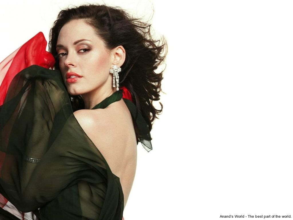 rose-mcgowan-8