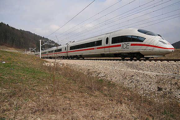 Eurostar e320.