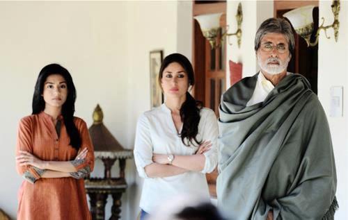 Amrita Rao, Kareena Kapoor and Amitabh Bachchan in Satyagraha