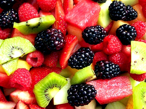 Nutrient rich Berries for healthy weight loss