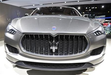 Front end view of Maserati Kubang SUV.