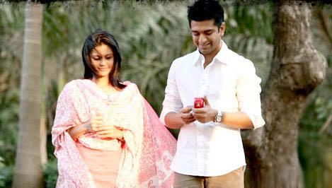 Mandira Bedi and Eijaz Khan in Meera Bhai Not Out